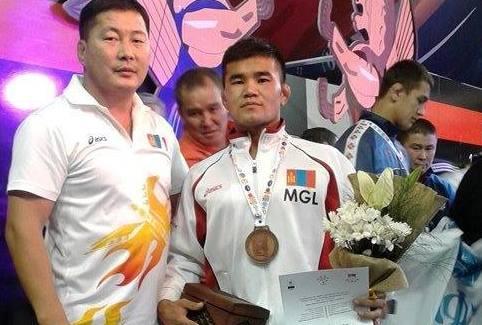 Д.Балжинням Оюутны дэлхийн аваргаас хүрэл медаль хүртлээ