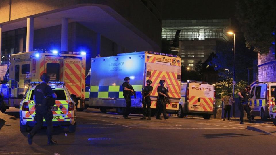 Манчестерт дэлбэрэлт болж, 19 хүн амиа алдлаа /бичлэгтэй/