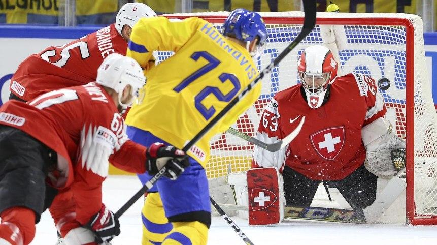 Швед, АНУ-ын хоккейчид хэсгээ тэргүүлж байна