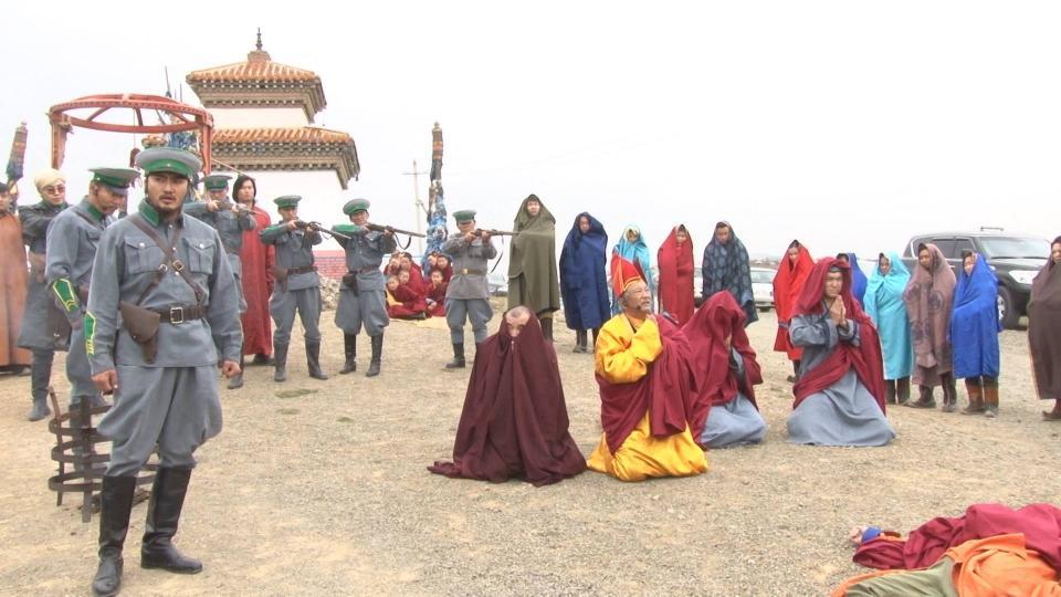 Монгол Улсын Ерөнхийлөгчийн Тамгын газраас хэлмэгдэгсдийг дурсгалыг хүндэтгэлээ