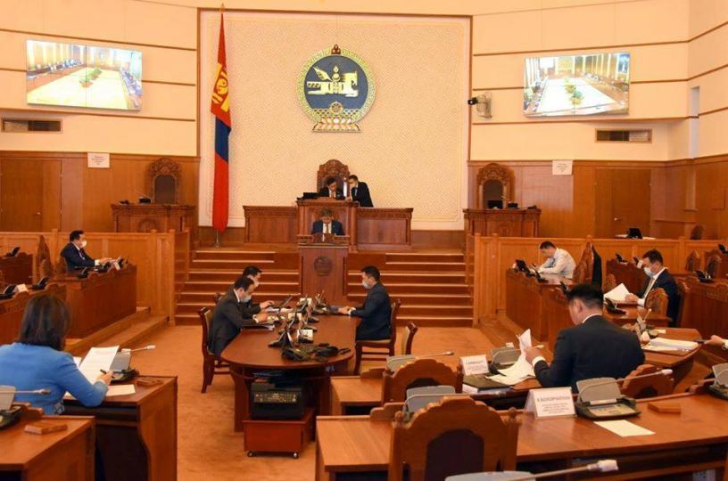 ШУУД: Улсын Их Хурлын чуулганы нэгдсэн хуралдаан эхэллээ