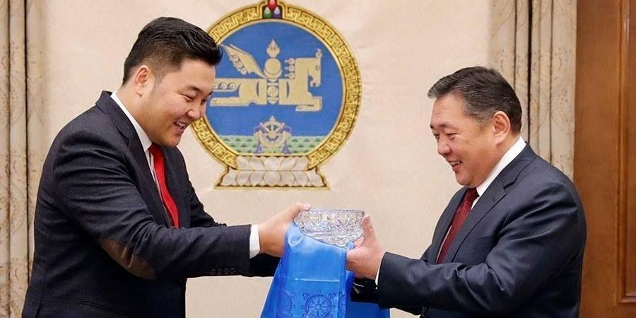 Г.Ариунбаатар: Монгол төрийн түшиг болсон хүмүүст цом хадгалагдах ёстой