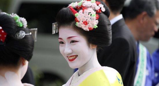 Япон хүүхнүүдийн таргалдаггүй 10 шалтгаан