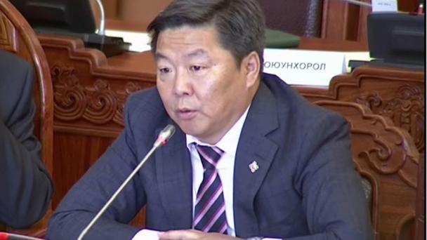 Д.Хаянхярваа: Монгол төрийн тэргүүн хүн ийм юм ярьж болохгүй