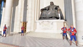 Эзэн Чингис хааныхаа нэрийг Үндсэн хуульдаа оруулахыг санал болгож байна