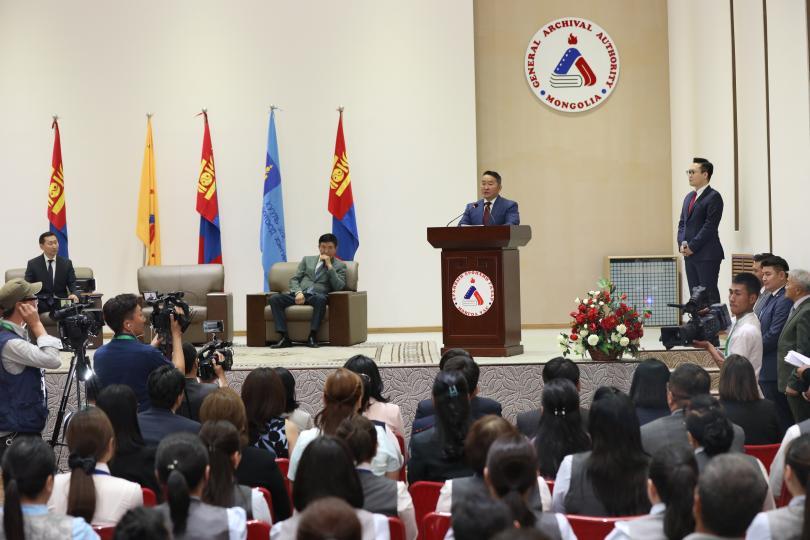 Х.Баттулга: Түүхийн улбаа тээсэн нэг хуудас цаас ч Монголын хойч үеийнхэнд тонн тонн алтнаас үнэтэй