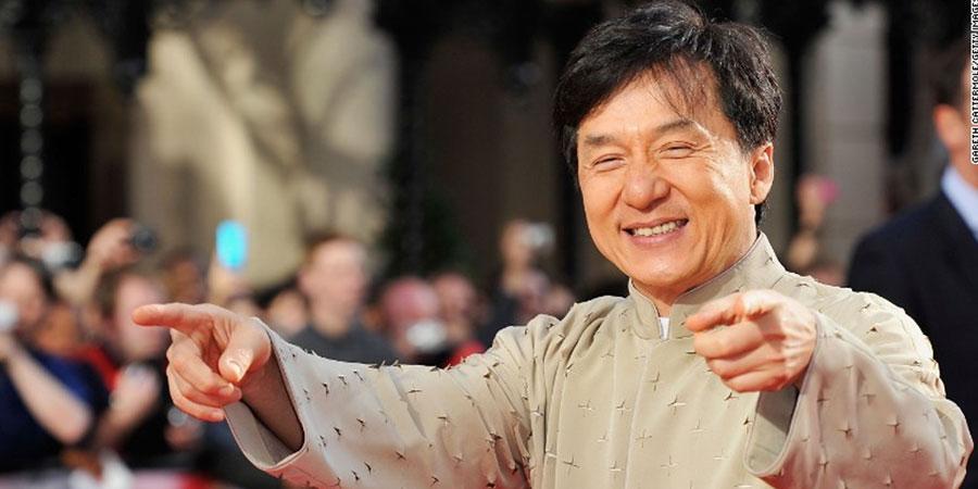 Жэки Чан: Үзүүлбэрийнхээ үеэр үхэх дөхсөн удаа ч бий