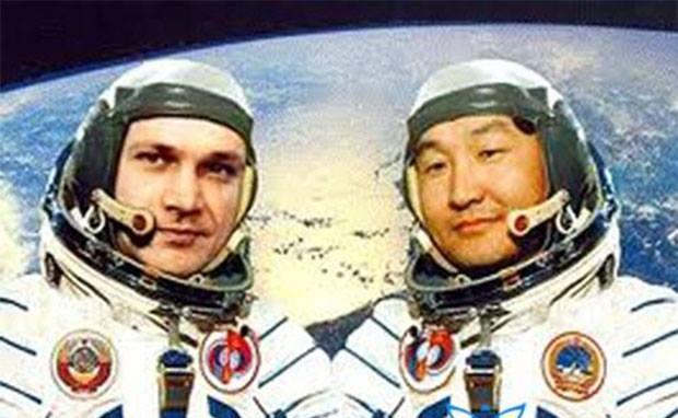 Монгол хүн сансарт ниссэний 37 жилийн ой өнөөдөр тохиож байна