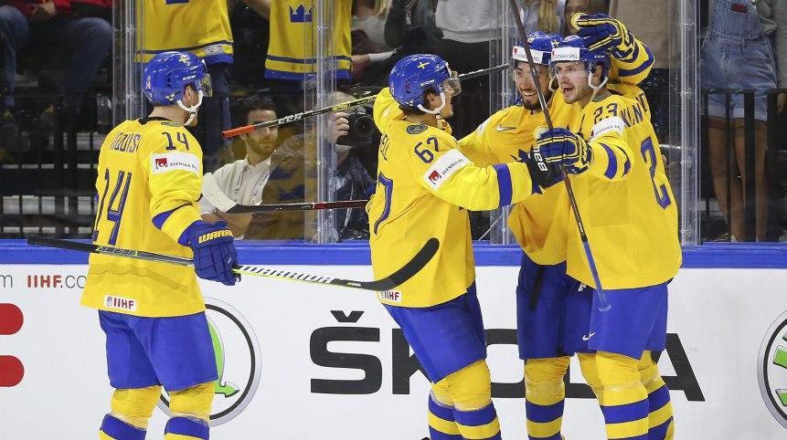 Швед ОХУ-ын хоккейчидийг хожиж, хэсгээ тэргүүллээ