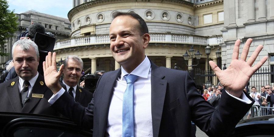Ирланд ижил хүйстэн Ерөнхий сайдтай боллоо