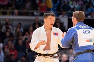 О.Ууганбаатар аваргын алтан медаль хүртжээ