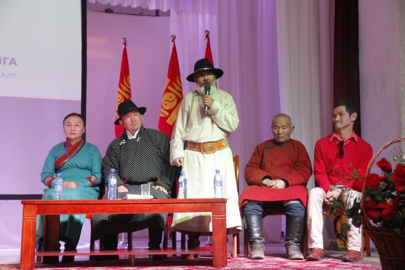Ерөнхийлөгч Х.Баттулга Төв аймгийн иргэдтэй уулзлаа