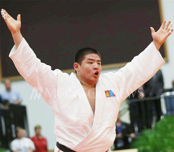 ДАШТ: Ө.Дүүрэнбаяр олимп, дэлхийн аваргыг ялж, хүрэл медаль хүртлээ