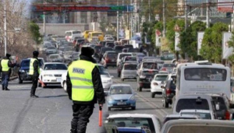 Зам тээврийн ослын улмаас 5 хүн гэмтжээ