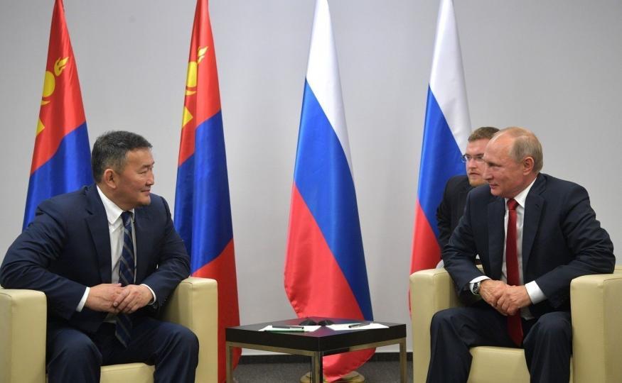Монгол, ОХУ-ын төрийн тэргүүнүүд анх удаа уулзлаа