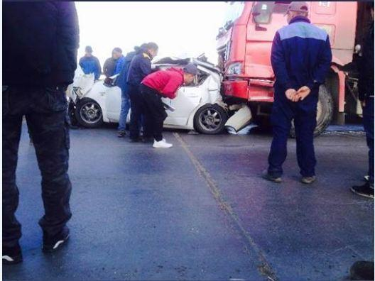 Сонсголонгийн гүүрэн дээр таван машин мөргөлдөж, долоон хүн гэмтжээ