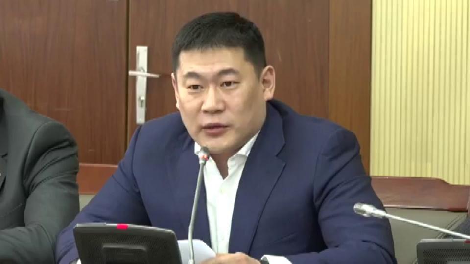 Л.Оюун-Эрдэнэ: Би Монгол Улсын талаар хамгийн их мэдээлэлтэй хүмүүсийн нэг