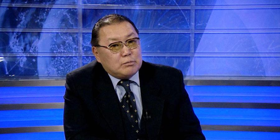 Д.Уламбаяр: Солонгосын хойг дайны ирмэгт байна
