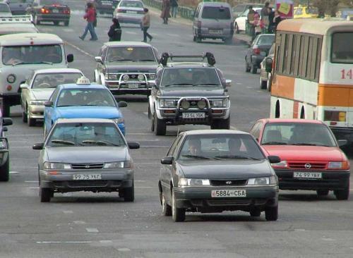Автомашины дугаар нь 4, 9-өөр төгссөн жолооч нар амжиж татвараа төлөөрэй