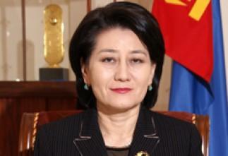 С.Оюун Монголын улс төрөөс явлаа
