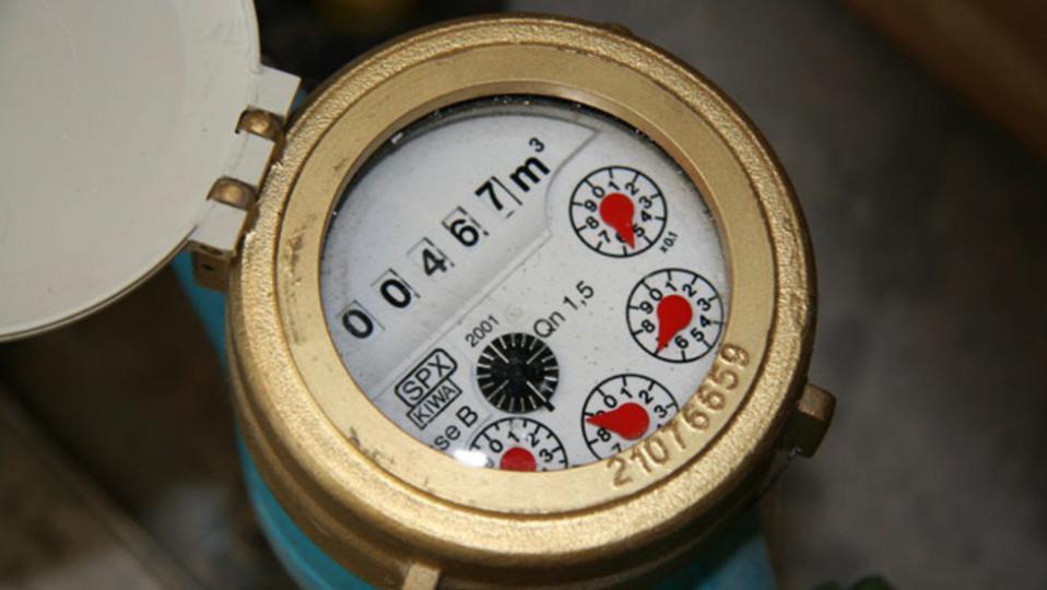 Усны тоолуур суурилуулаагүй иргэн, ААН-тэй ус ашиглах гэрээ байгуулахгүй
